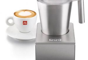 Illy milk frother